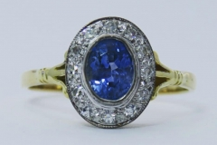 Sapphire-cluster-ring