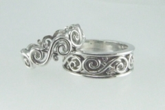 custom-his-and-hers-silver-rings