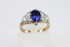 custom-diamond-and-sapphire