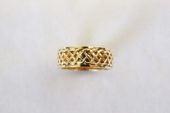 custom-gold-ring